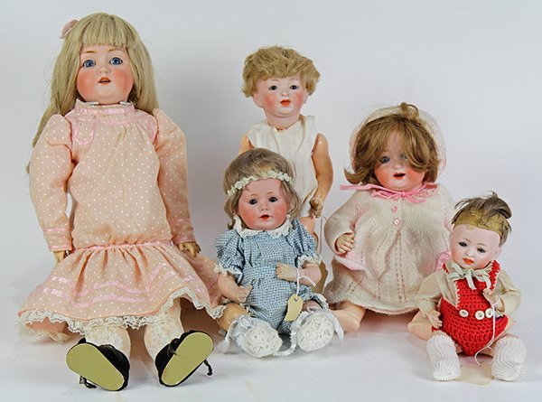 German doll group