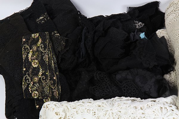 (lot of 6) Four vintage crocheted coverlets; together - 2