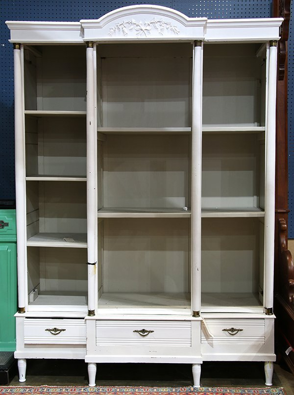Neo-Classical style white painted bookcase fronted by
