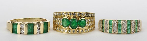 (Lot of 3) Emerald, diamond and yellow gold rings