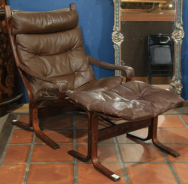 Westnofa brown leather Siesta lounge chair