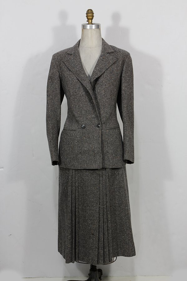 (lot of 2) Christian Dior separates skirt suit in grey
