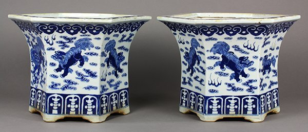 Chinese Blue and White Planters, Lions