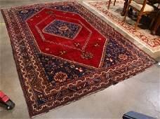 Semiantique Persian Shiraz carpet