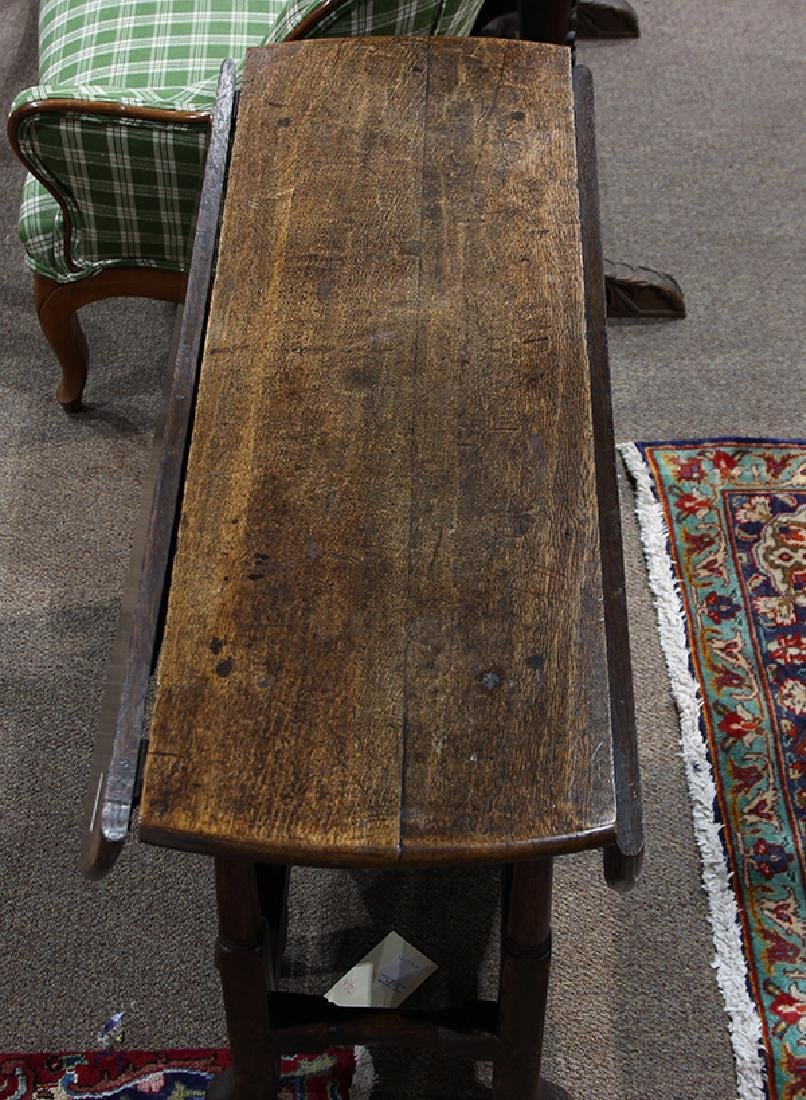 William and Mary oak drop leaf table - 4