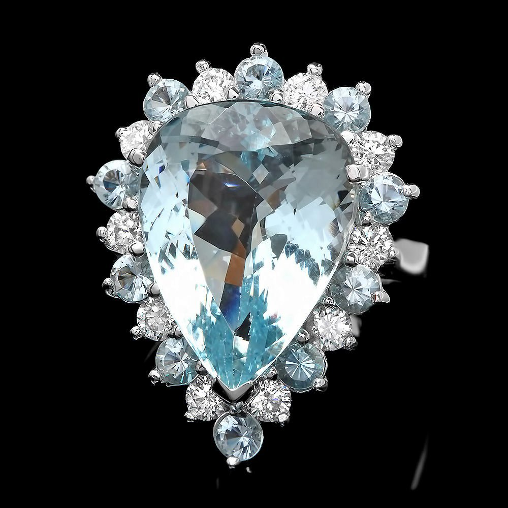 14k Gold 12ct Aquamarine 0.95ct Diamond Ring