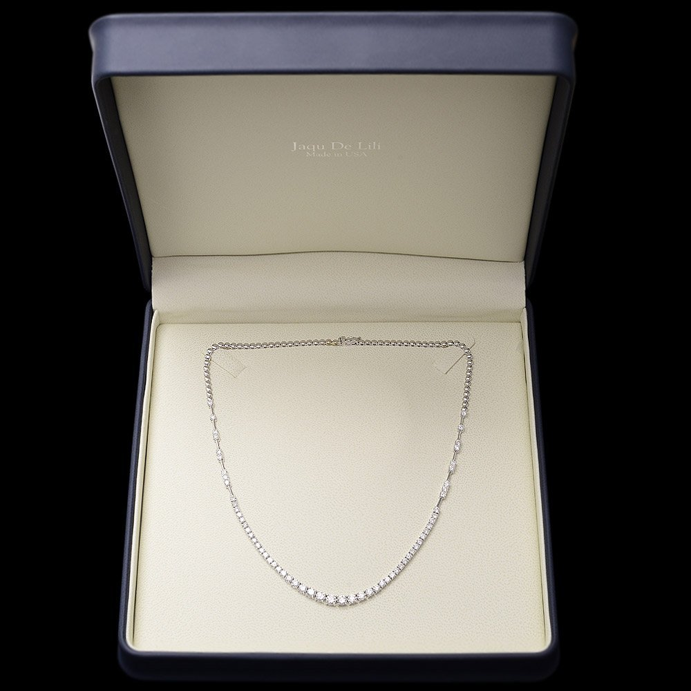 18k White Gold 6.00ct Diamond Necklace - 6