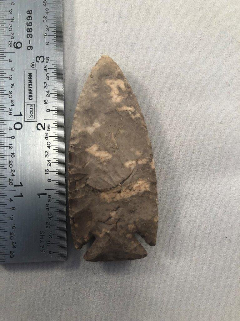 LOST LAKE    INDIAN ARTIFACT ARROWHEAD