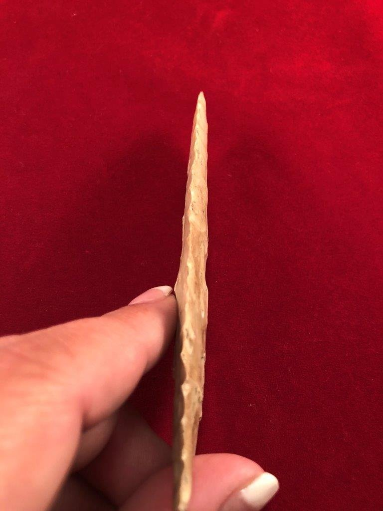 CLOVIS    INDIAN ARTIFACT ARROWHEAD - 3