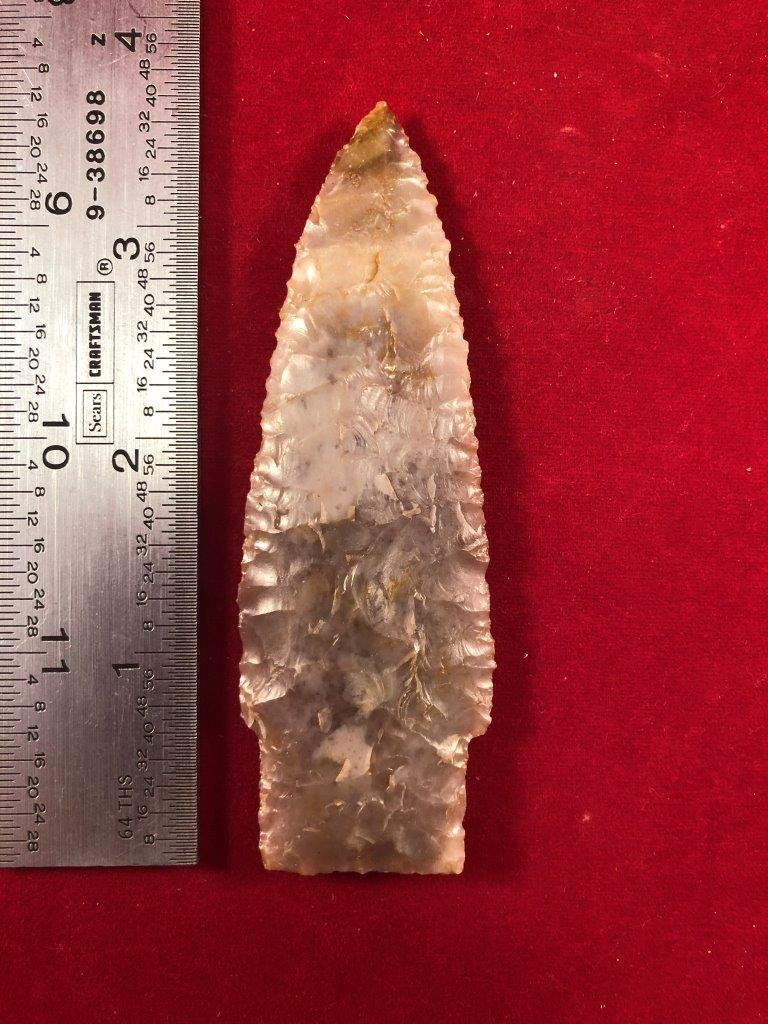 SCOTTSBLUFF  INDIAN ARTIFACT ARROWHEAD