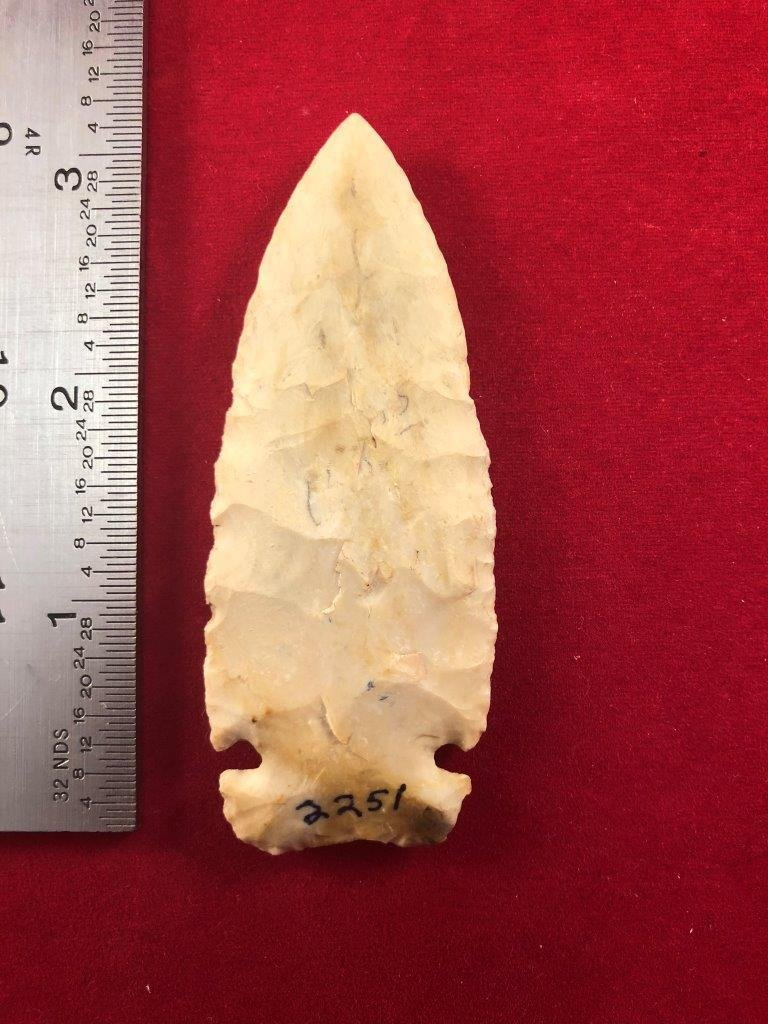 CACHE RIVER    INDIAN ARTIFACT ARROWHEAD