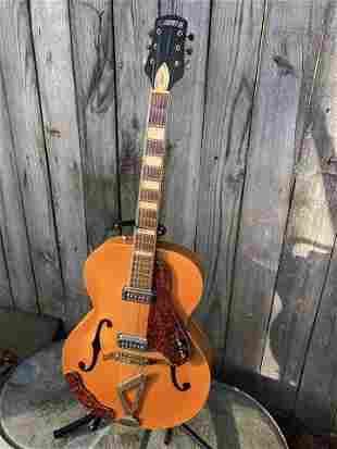 GRETSCH SYNCHROMATIC ZEPHYR WITH CASE. SIGNED BY TONY