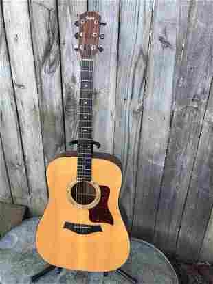 TAYLOR ACOUSTIC GUITAR MODEL 510 WITH CASE