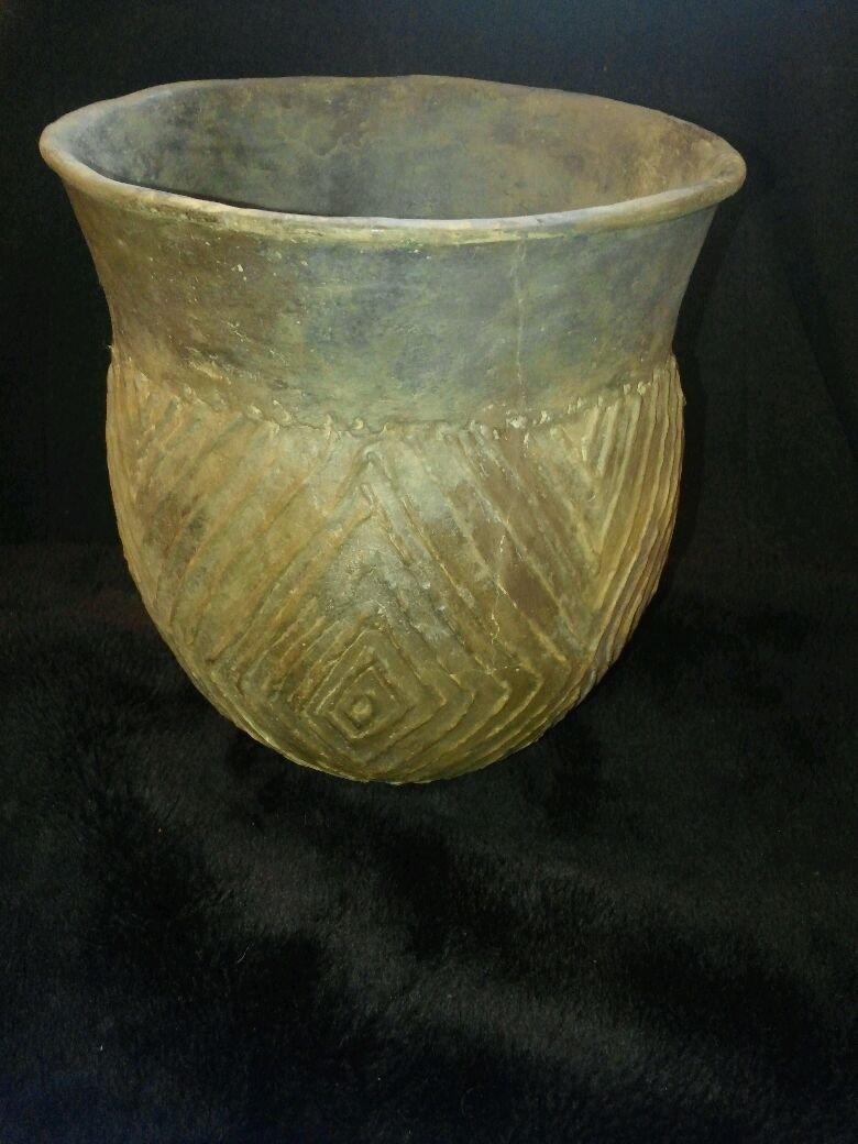 CADDO ENGRAVED JAR