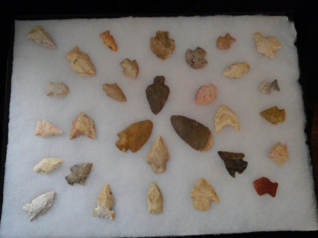 30 MISSOURI  ARROWHEADS    INDIAN ARTIFACT