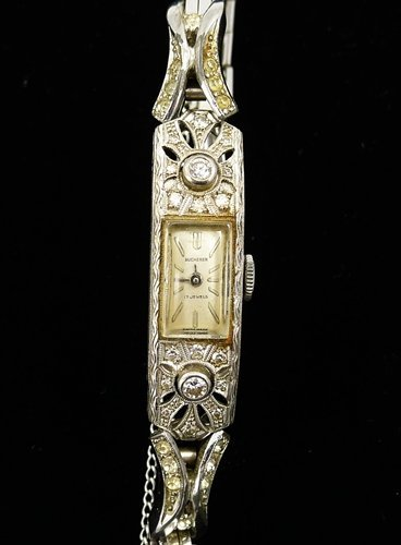 Vintage BUCHERER Ladies Watch 18K DIAMONDS 17 Jewels