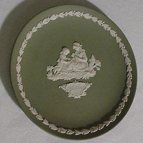 "1: Green Wedgwood 1972 Mother Plate 6 1/2"" Diameter"