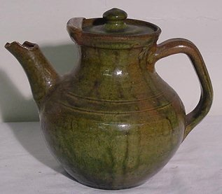 10A: NC Pottery Pitcher Green w/ Lid - Incised Rings 7