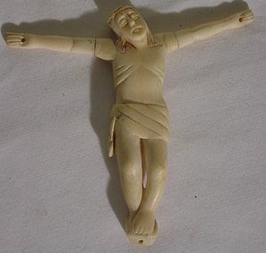 """18: Ivory Crucifix  - Arms Screw Off - 5 1/2"""" long - 5"""