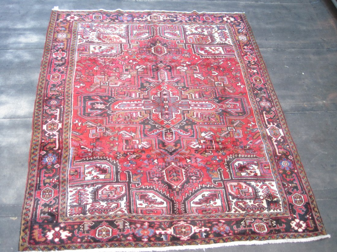 Persian Heriz Carpet  9 x 7.8