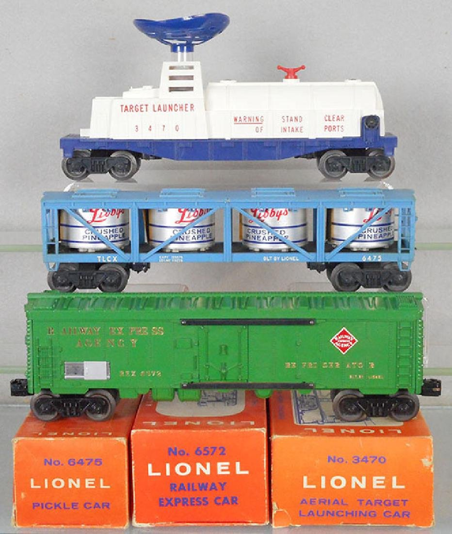 3 LIONEL FREIGHT CARS