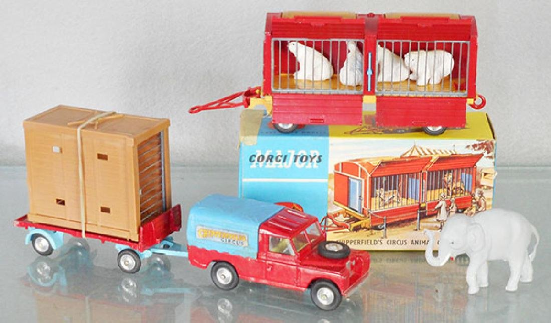 2 CORGI CHIPPERFIELD CIRCUS VEHICLES