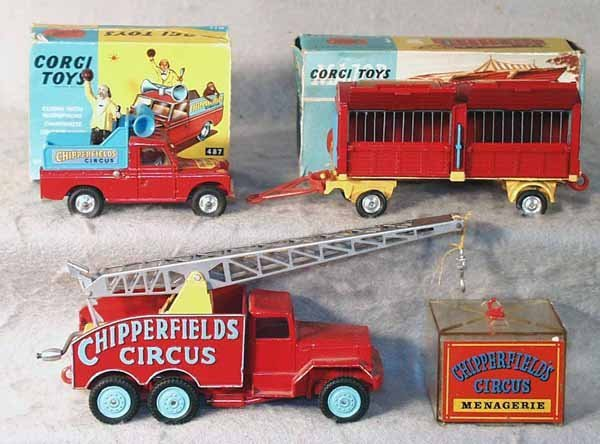 10: 3 CORGI CHIPPERFIELD VEHICLES