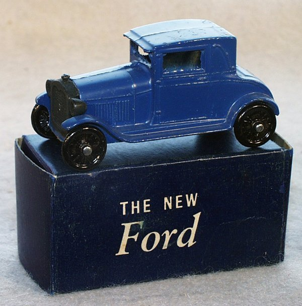 13: TOOTSIETOY 4655 FORD MODEL A