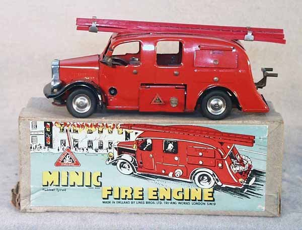 24: MINIC 62ME FIRE ENGINE