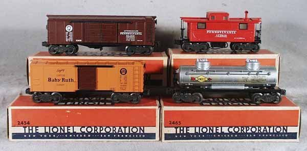 019: 4 LIONEL FREIGHT CARS