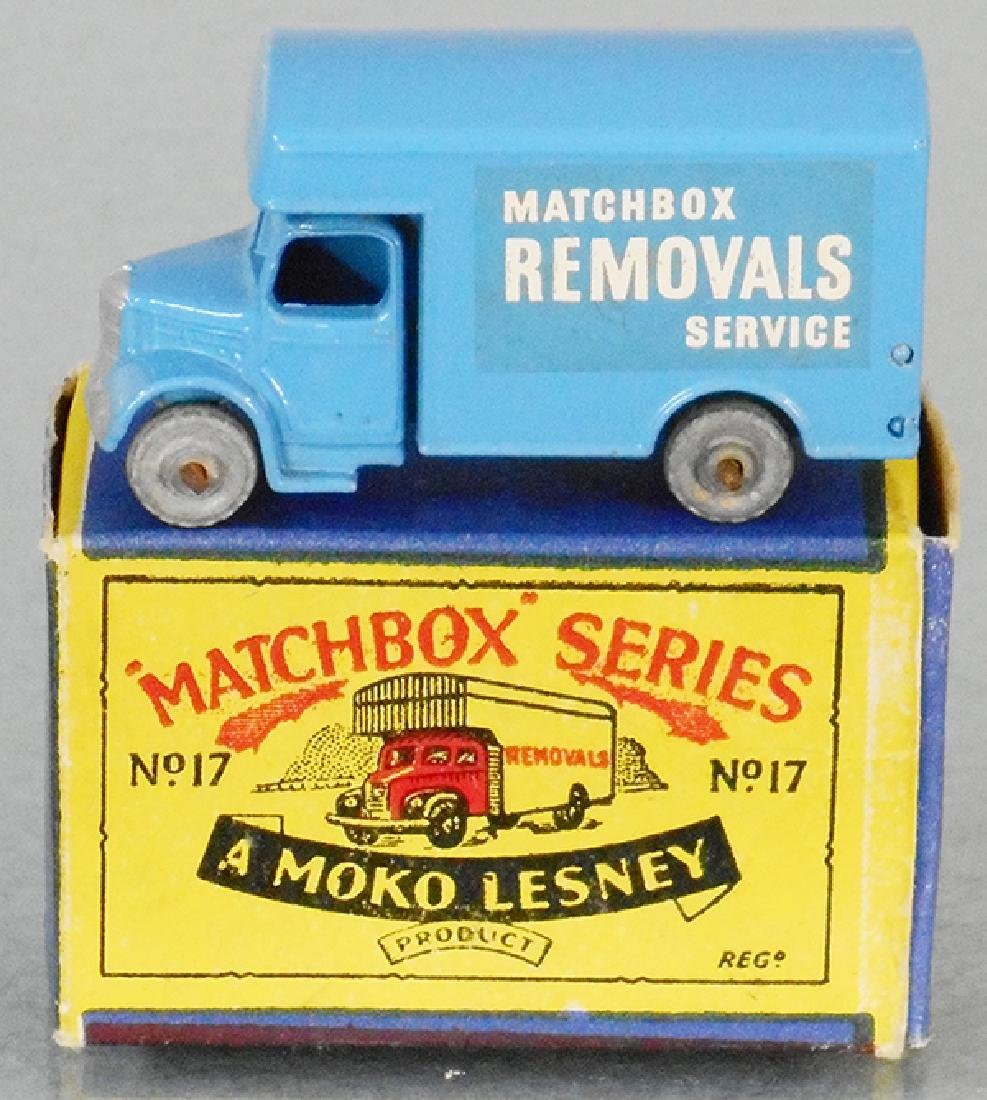MATCHBOX 17A3 REMOVALS VAN