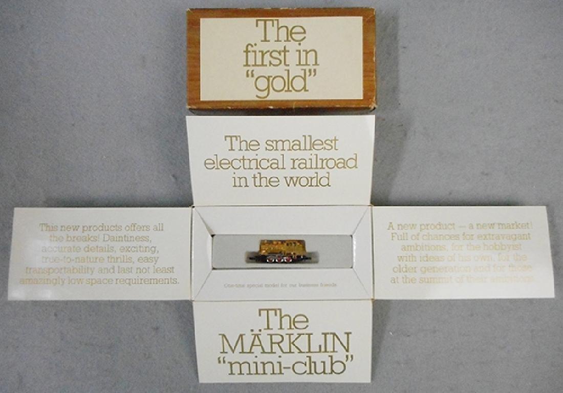 MARKLIN 8900 GOLD TANK LOCO