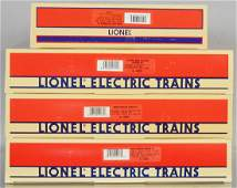4 LIONEL BOX CAR SETS