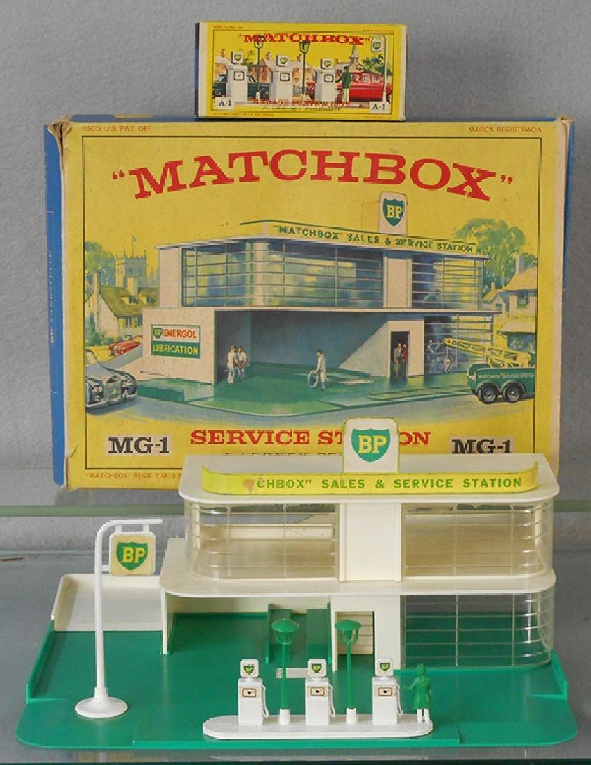 MATCHBOX SERVICE STATION