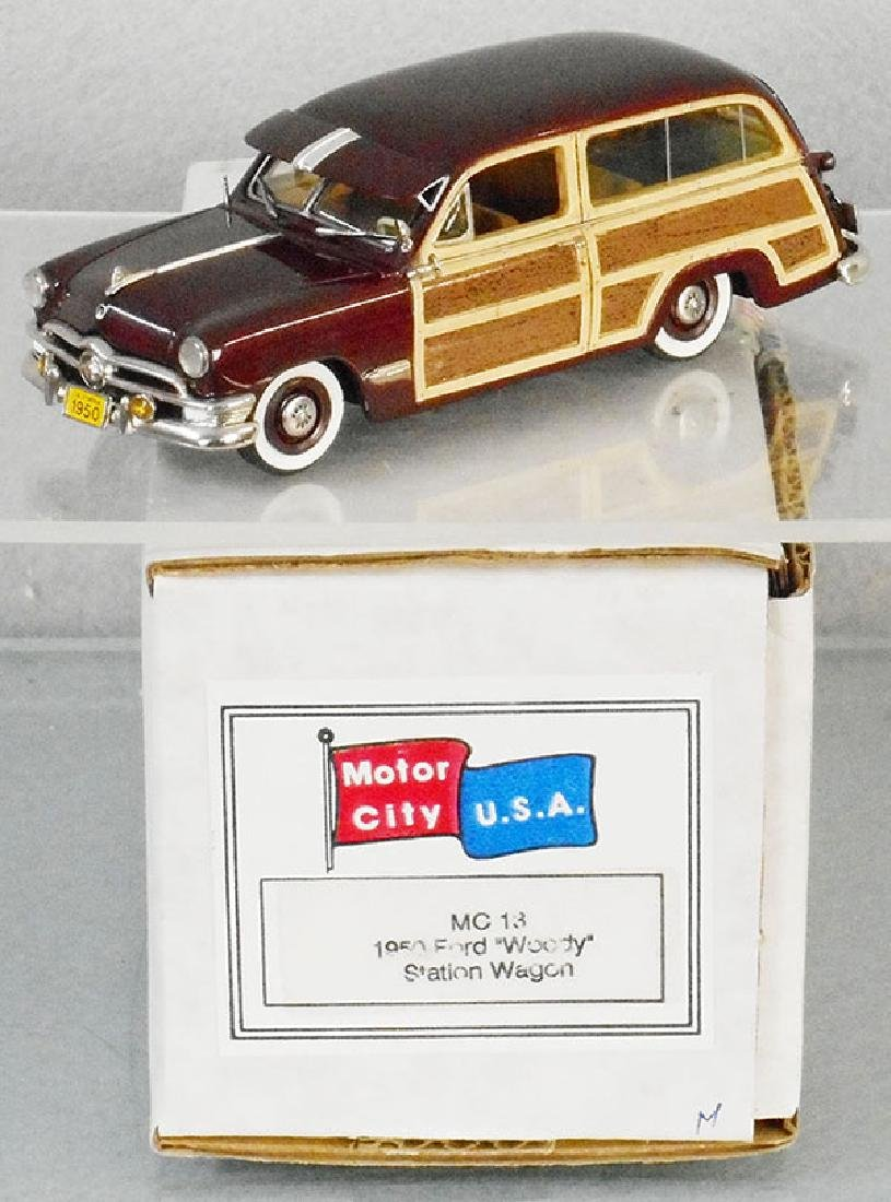 MOTOR CITY USA MC13 1950 FORD WOODY WAGON