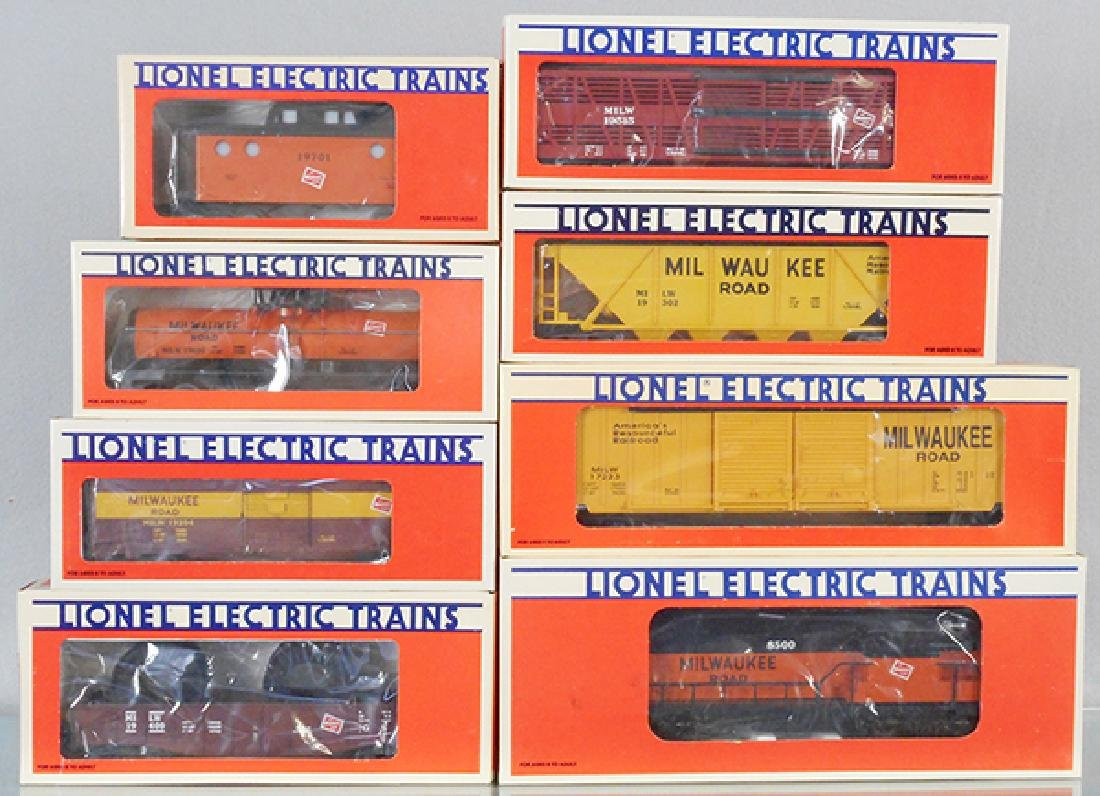 LIONEL MILWAUKEE RD TRAIN SET