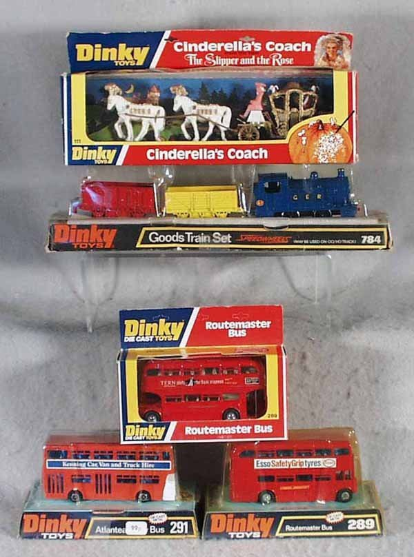 002A: 5 DINKY VEHICLES