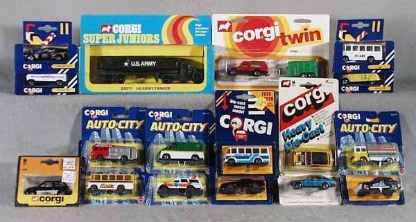 004A: 17 CORGI JR. VEHICLES