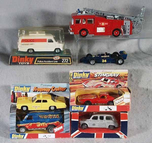 012A: 7 DINKY VEHICLES