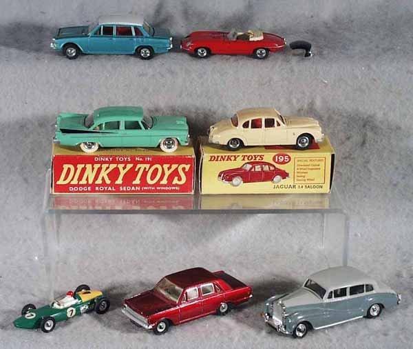 036A: 7 DINKY AUTOS
