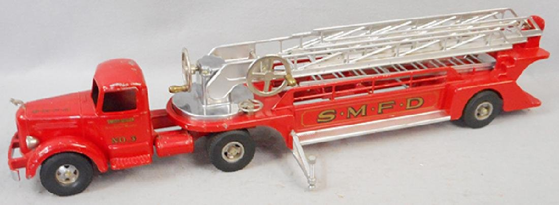 SMITH MILLER AERIAL FIRE TRUCK