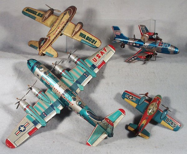 008A: 4 JAPANESE AIRPLANES