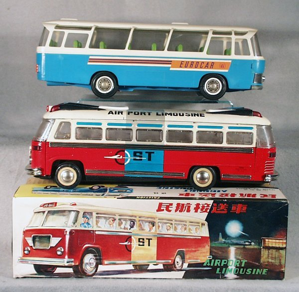 014A: 2 TOY BUSES