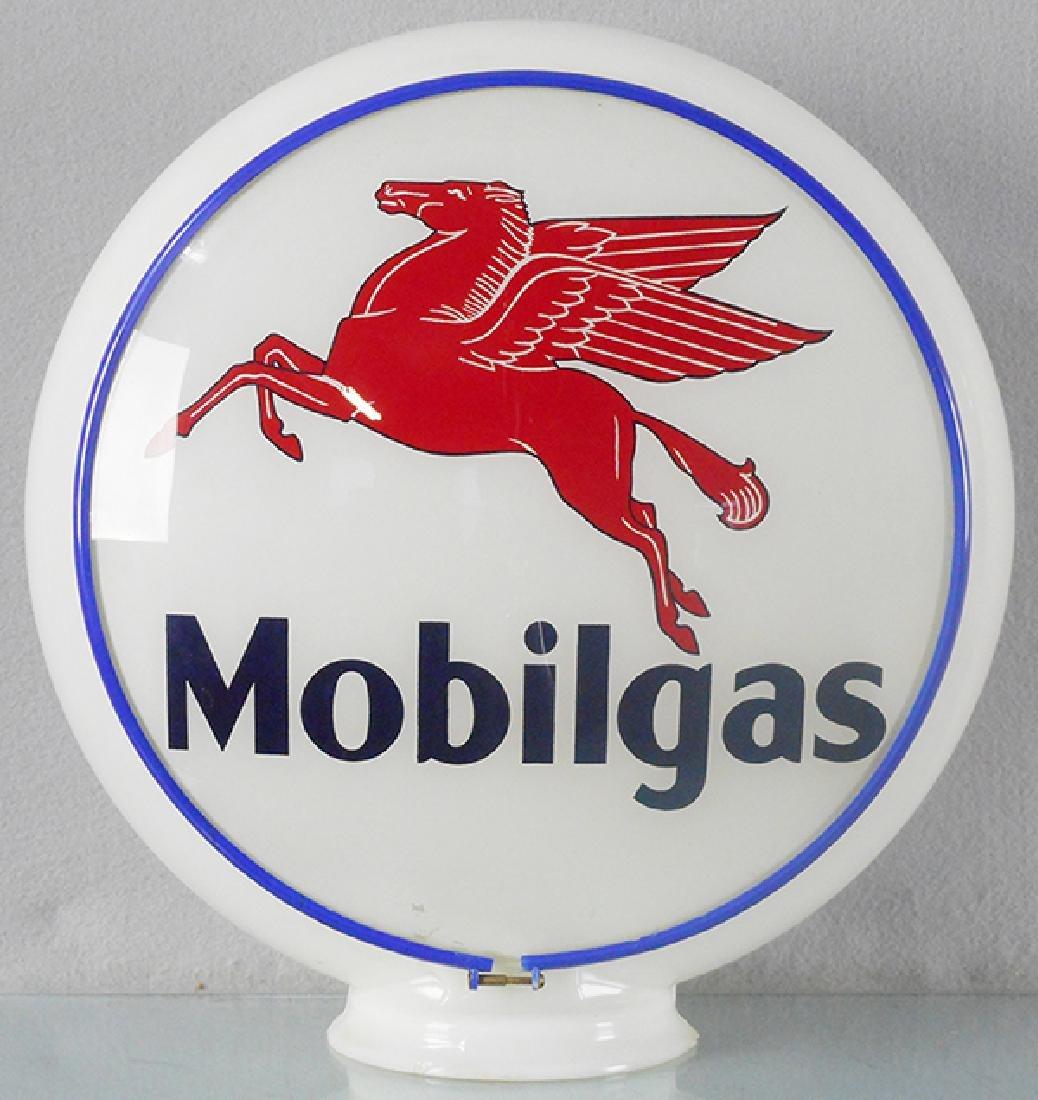 MOBILGAS GASOLINE GLOBE