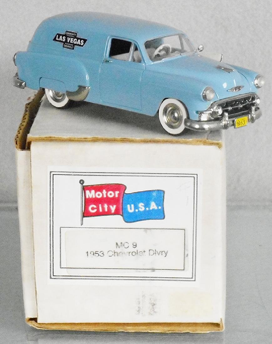 MOTOR CITY USA MC-9 1953 CHEVROLET