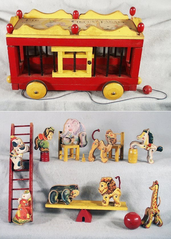 009A: FISHER PRICE 250 CIRCUS PARADE