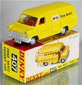 DINKY 407 FORD HERTZ TRANSIT VAN