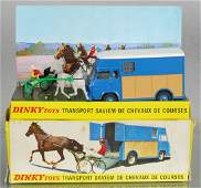FRENCH DINKY 571 RACE HORSE TRANSPORT