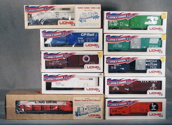 008A: LIONEL TRAIN SET