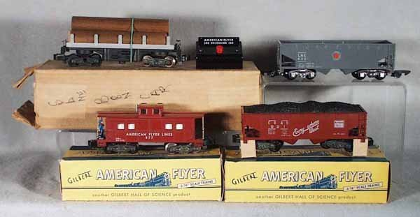 013A: 4 AMERICAN FLYER FREIGHT CARS